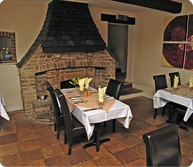 The bar and restaurant at The Poachers Inn